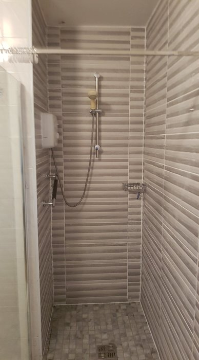 tiled wetroom